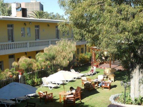 Casa de Avila - For Travellers : Inner garden
