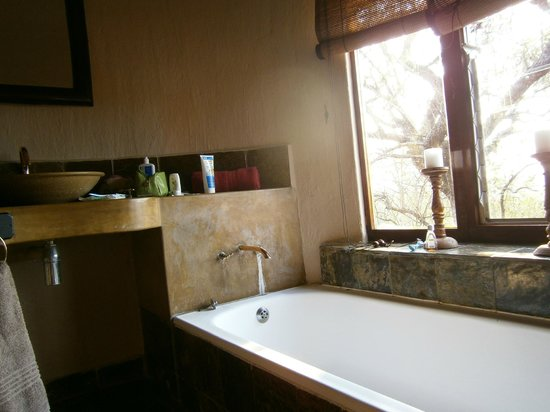 Kwa Madwala Private Game Reserve: Great bath