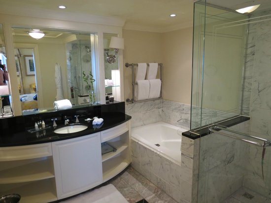 The Shelbourne Dublin, A Renaissance Hotel : En Suite