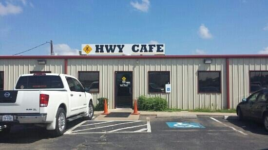 HWY Cafe & Tavern: Breakfast at HWY Cafe!