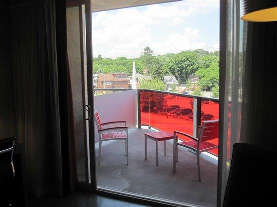 HotelRED: Balcony