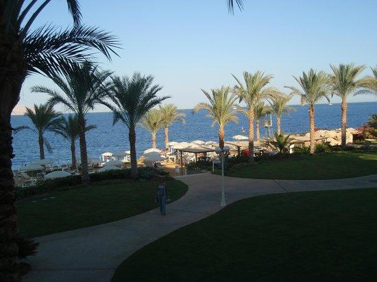 Stella Di Mare Beach Hotel & Spa: Park area