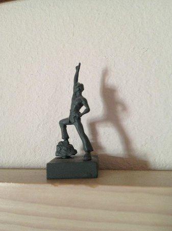 smartloft: tiny figure