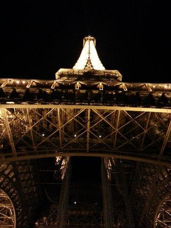 David Kafari - Day Tours: What can I say...This is Paris