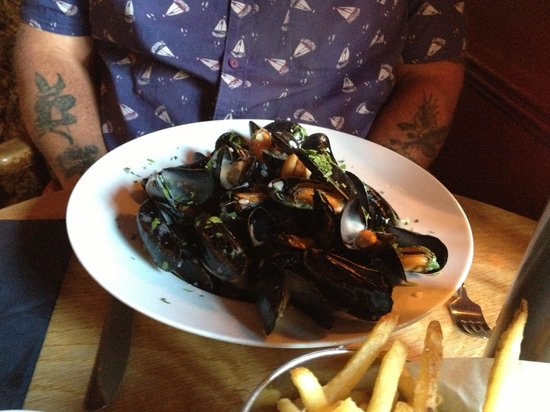 Tower Inn: Moules frites (creamy cider sauce for a Westcountry twist)