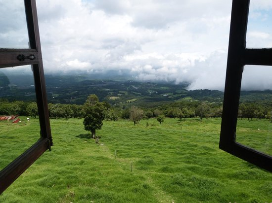 Poas Lodge and Restaurant: Room with a view