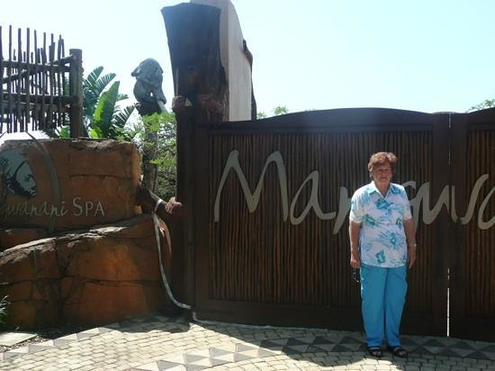 Sibaya Casino & Entertainment Kingdom : grandma spa day