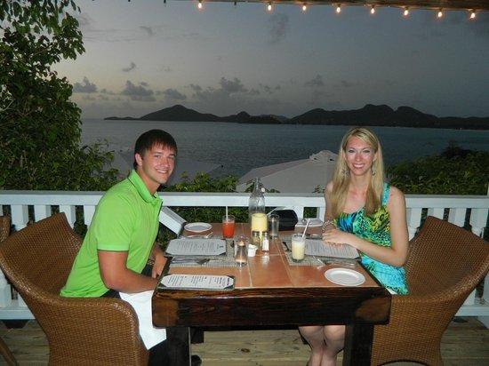 Cocobay Resort : in the dining room