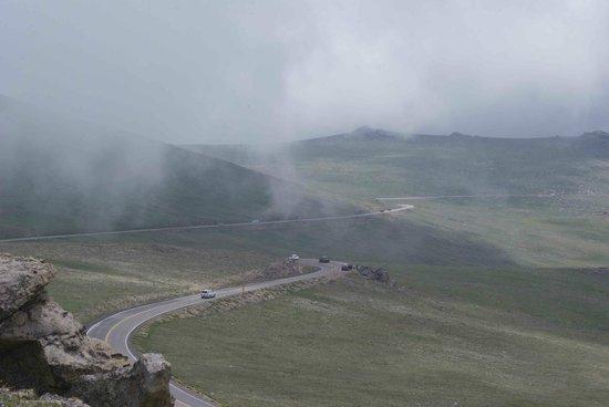 Tundra Communities Trail: Trail Ridge Road from Rock Cut