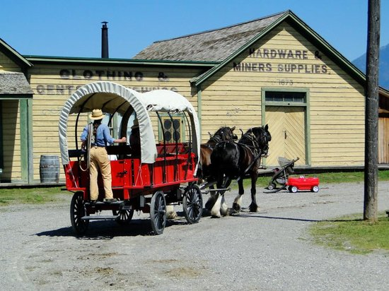 Fort Steele Heritage Town: Ride from Main Entrance to Restaurant