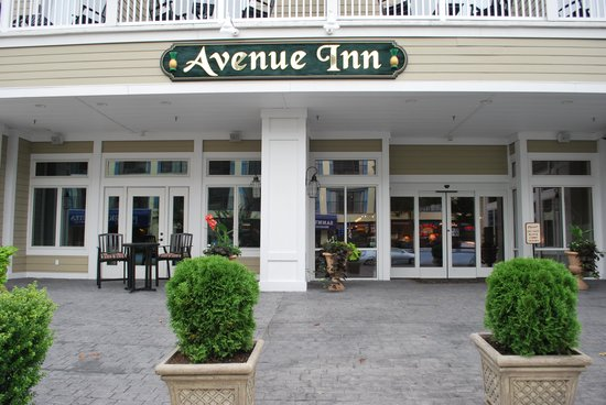 Avenue Inn & Spa: New Front Entrance