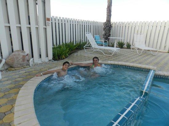 Aruba Beach Villas: Jacuzy