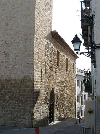 Iglesia de San Juan: Lateral en la Calle de San Juan