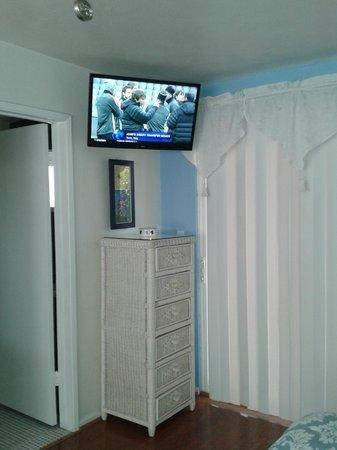 Casa Larrea Inn : TV