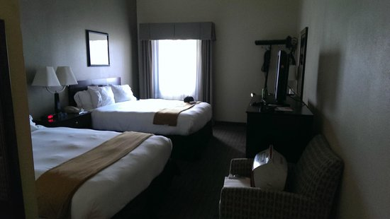 Holiday Inn Express Hotel & Suites Rancho Mirage - Palm Spgs Area: Two Queen Beds