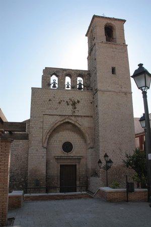 Iglesia de San Juan: Imagen desde la Plaza de San Juan