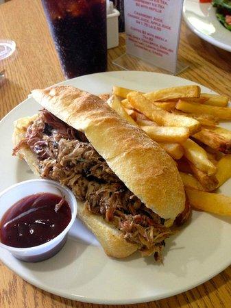 DC Deli: Pulled Pork Sandwich