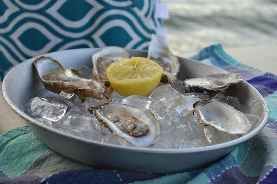 Aphrodite Oysters: Oyster on the lake!