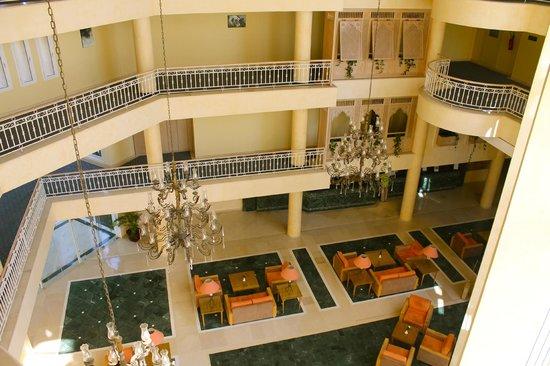 Iberostar Averroes: Lobby - Aussicht aus dem 4. Stock