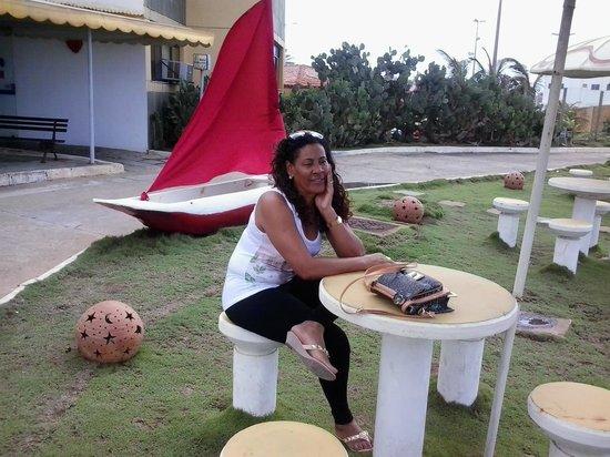 Hotel Cores Do Mar: Mesa para beber comer petisco com amigos