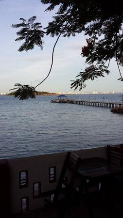 Pikun Resort: Looking toward Pattaya