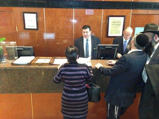 Leonardo Plaza Hotel Jerusalem: Reception deputy Director - Mr. Odeh
