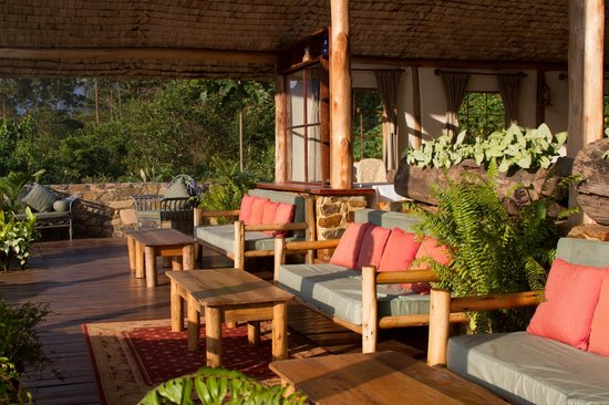 The Engagi Lodge: Deck