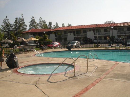 Sandman: The Pool Area