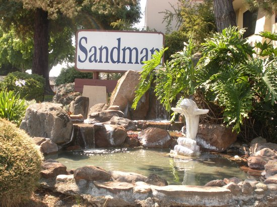 The Sandman Motel entrance