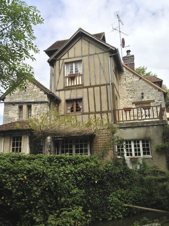Moulin des Chennevieres : Rooms with lovely views