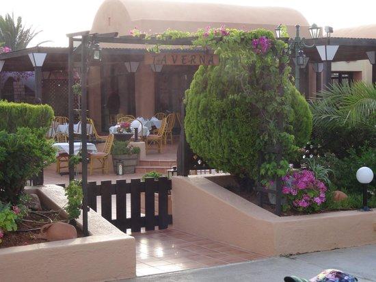 Anissa Beach Hotel: restaurant ¨la taverne¨
