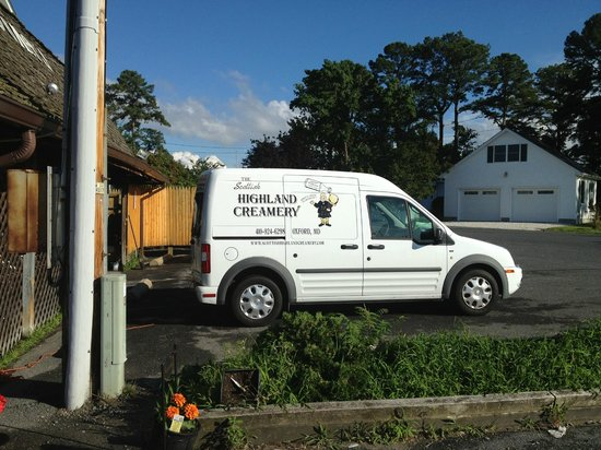 Scottish Highland Creamery : Highland Creamy van