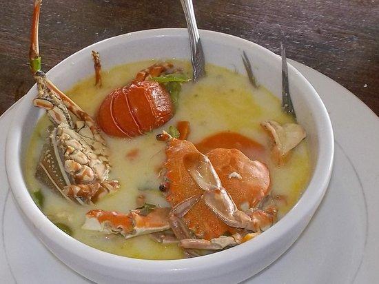 """Restaurante El Navegante: La """"Sopa Marinera"""" es la Especialidad de la Casa / """"Seafood Soup"""" is House's Speciality"""