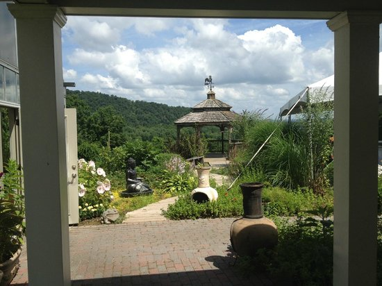 The Restaurant at Patowmack Farm: Gazebo on grounds