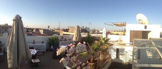 Riad Douceur Mandarine : terraza