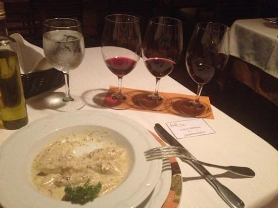 Restaurante Jurgen's: gnocci al tartuffo con una cata de vinos tintos