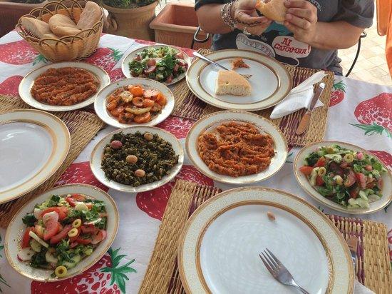 Dar Naima : Mais pratos típicos