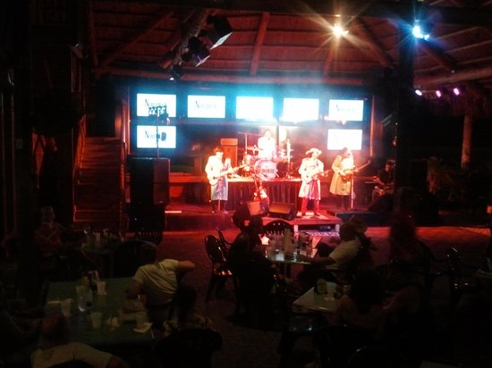 Boondocks Grille & Draft House : NOWHERE BAND