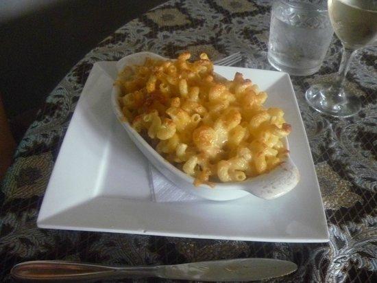 Get Stuffed : Mac 'n Cheese