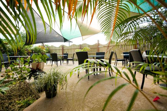 Restaurant 1606 at Village de Santo Resort : Seating for 60
