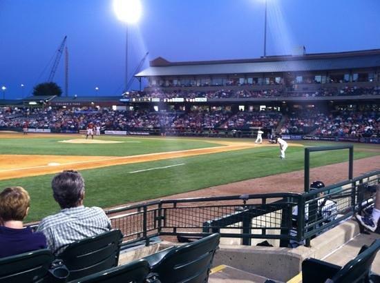Louisville Slugger Field: Slugger Field