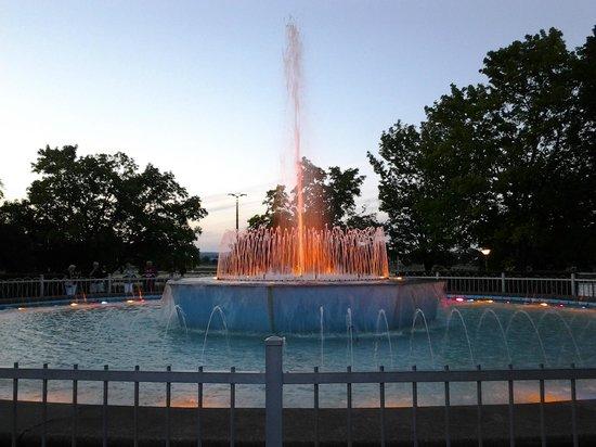 Soo Locks Tour - Picture of Soo Locks, Sault Ste. Marie ...