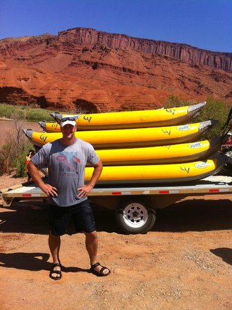 Canyon Voyages Adventure Co - Day Tours : After the ride at the pullout
