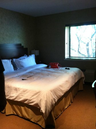 The Woodlands Resort, An Ascend Collection Hotel: Bed