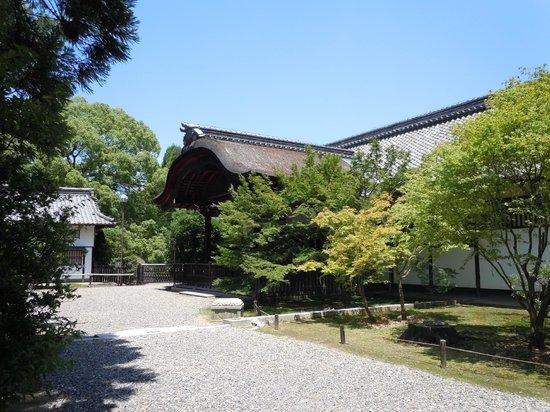 Shoren-in Temple (Shoren-in Monzeki): Temple building