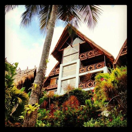 El Galleon Beach Resort & Hotel: Our studio apartment.