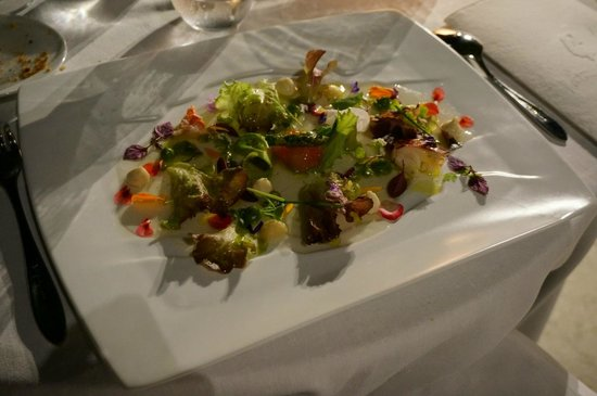 Martin Berasategui: 2001 Warm vegetable hearts salad with seafood, cream of lettuce and iodized juice