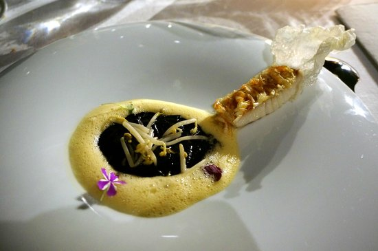 Martin Berasategui: 2013 Red mullet with edible scale crystals, soybean sprouts, wheat semolina and cuttlefish