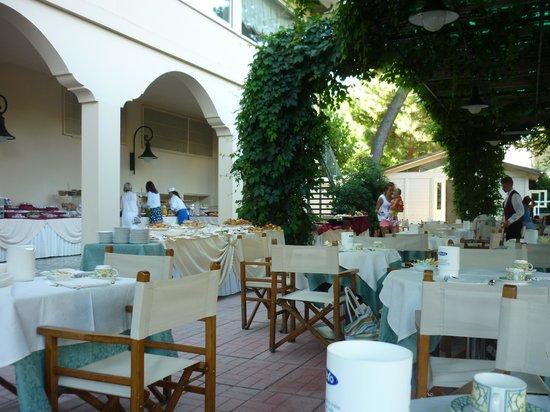 Grand Hotel Gallia: zona colazione