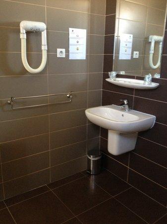 Hotel La Fregate : Salle de bains Hôtel la Frégate
